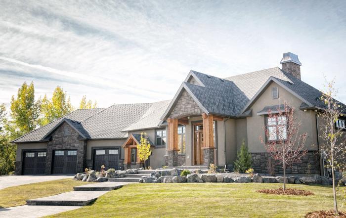 Claresholm custom home