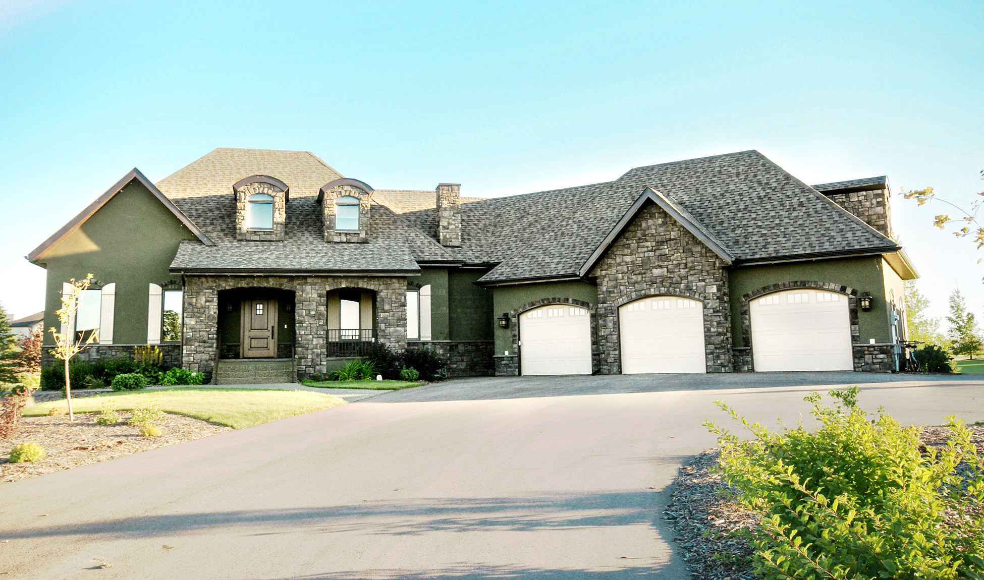 Vista meadows one country home bezooyen contracting for Custom country homes